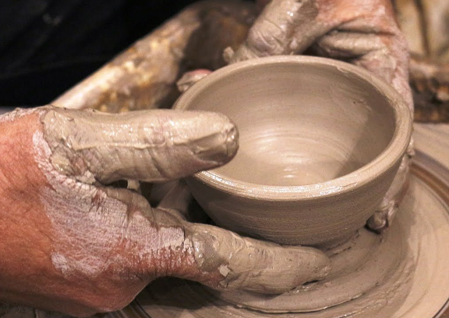Clay Artist Demonstrations | Midwest Salute to the Arts Festival Entertainment